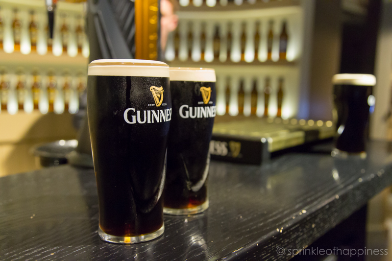 Guinness storehouse academy - learning to pour a perfect pint