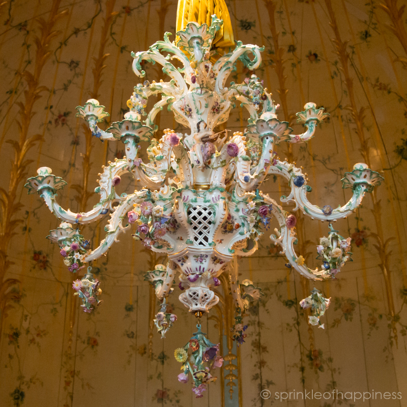 Porcelain chandelier in Neues Palais