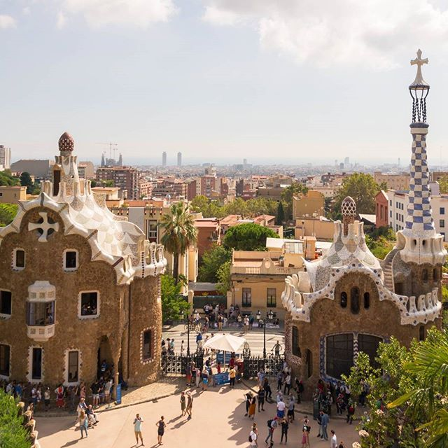 #parkguell #gaudi #barcelona #nature #architecture #beautifulview #catalunya  #worldheritage #nofilter