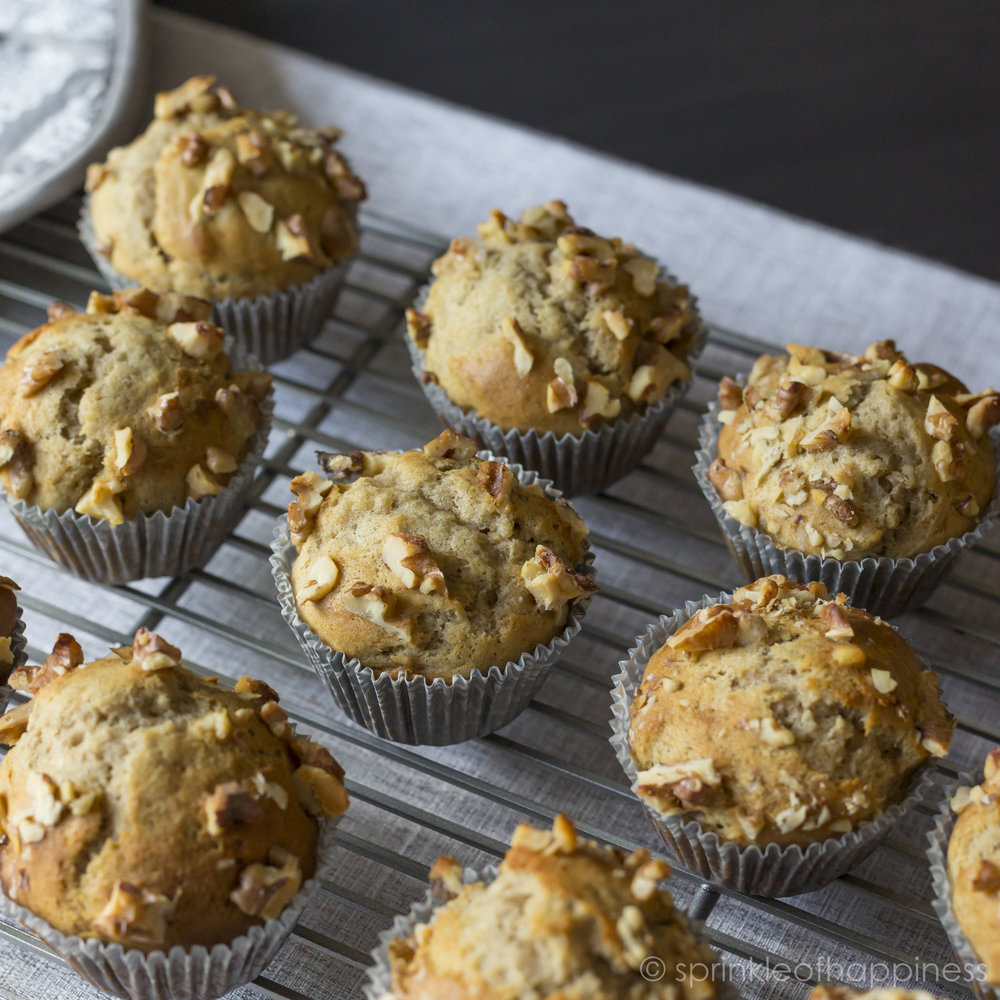 walnut banana bread muffins