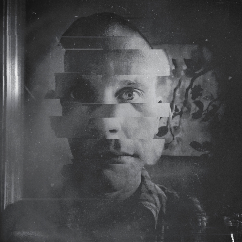 fragportrait.jpg