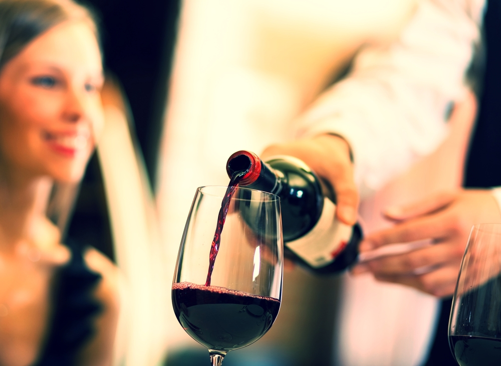Red-Wine-pour.jpg