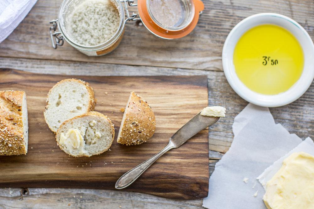 Wooden Bread Board / Live Edge Board / Branch Board / WoodKith