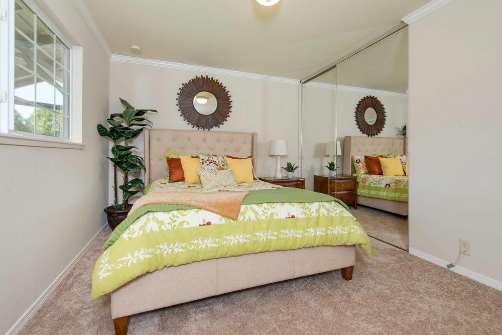668 Hamann Drive San Jose-print-014-Master Bedroom-3000x2002-300dpi.jpg