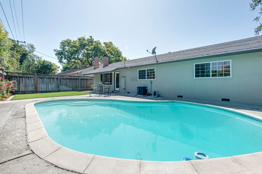 668 Hamann Drive San Jose-print-024-Swimming Pool-3000x2002-300dpi.jpg