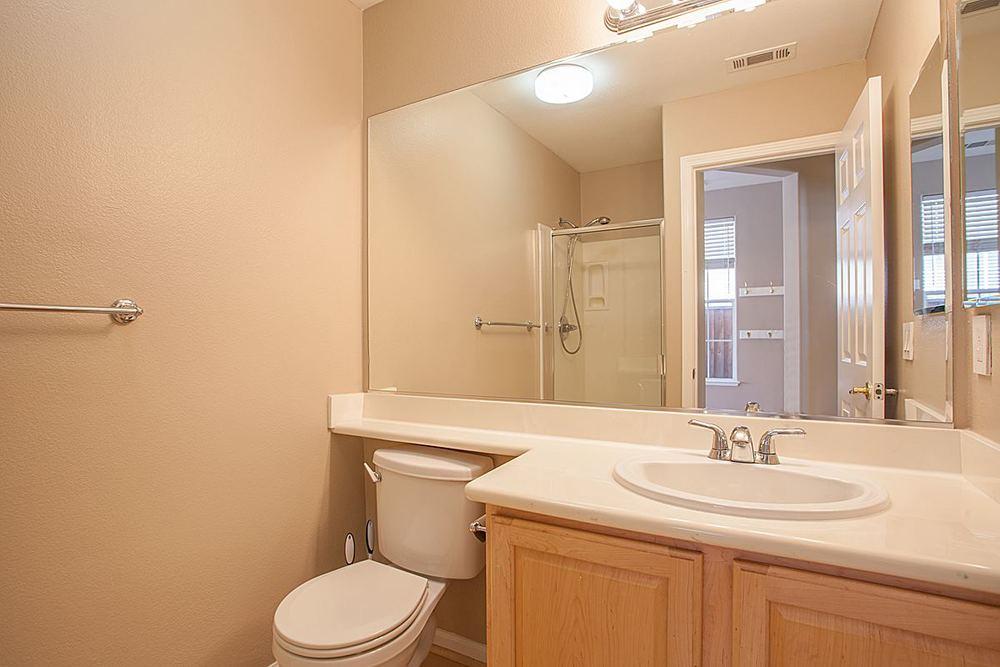 fullbathroom_1200.jpg