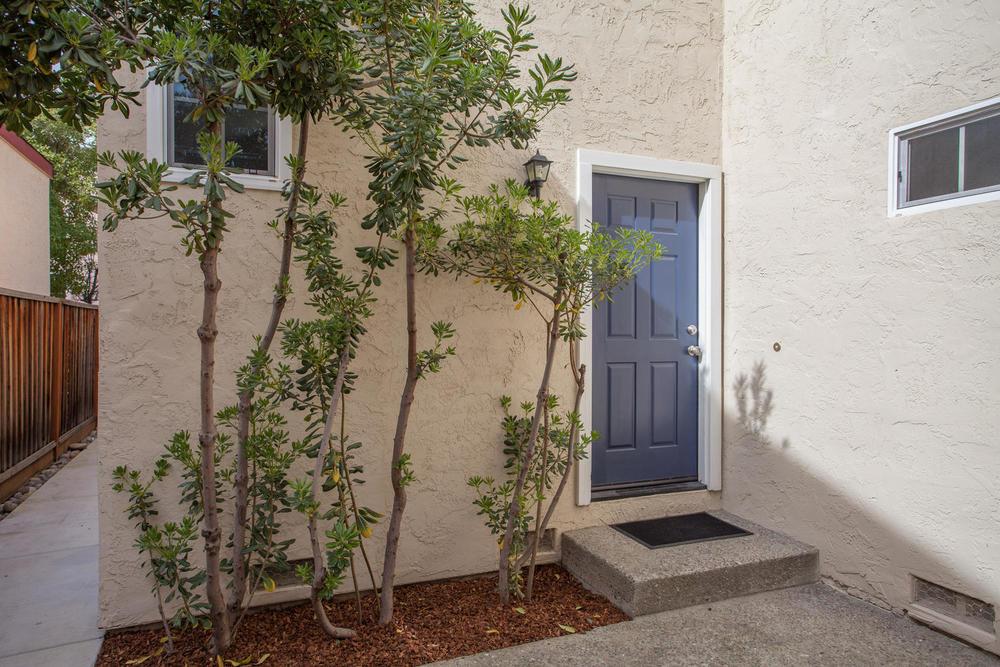 3519 Calvelli Ct San Jose CA-large-002-1-Front Exterior-1500x1000-72dpi.jpg