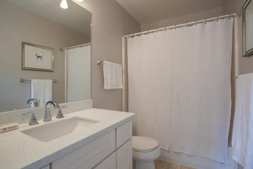 3519 Calvelli Ct San Jose CA-large-013-12-Full Bathroom-1500x1000-72dpi.jpg