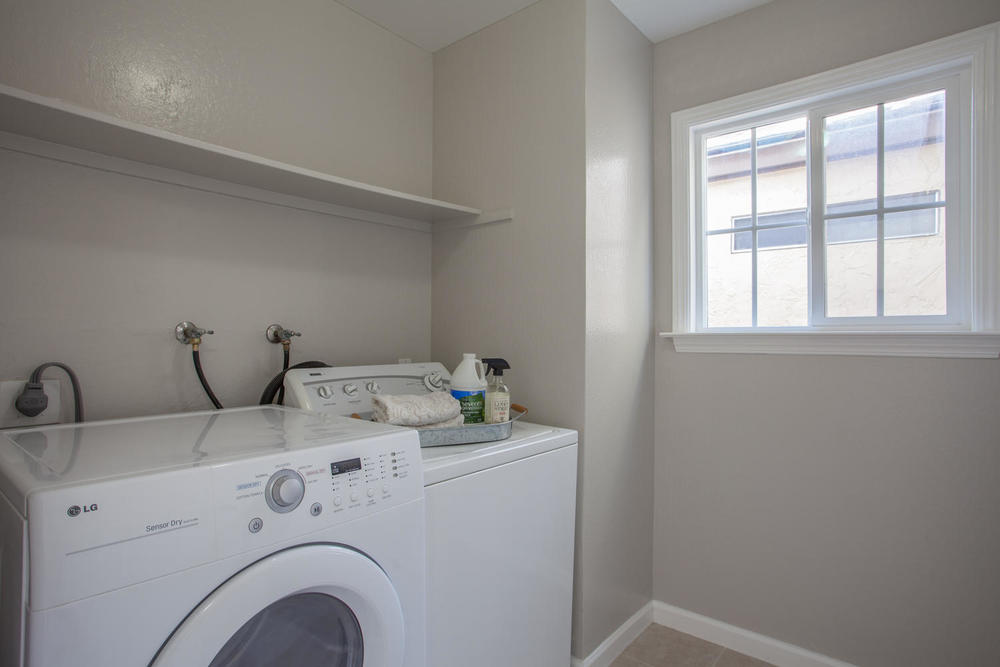 3519 Calvelli Ct San Jose CA-large-015-10-Laundry Room-1500x1000-72dpi.jpg