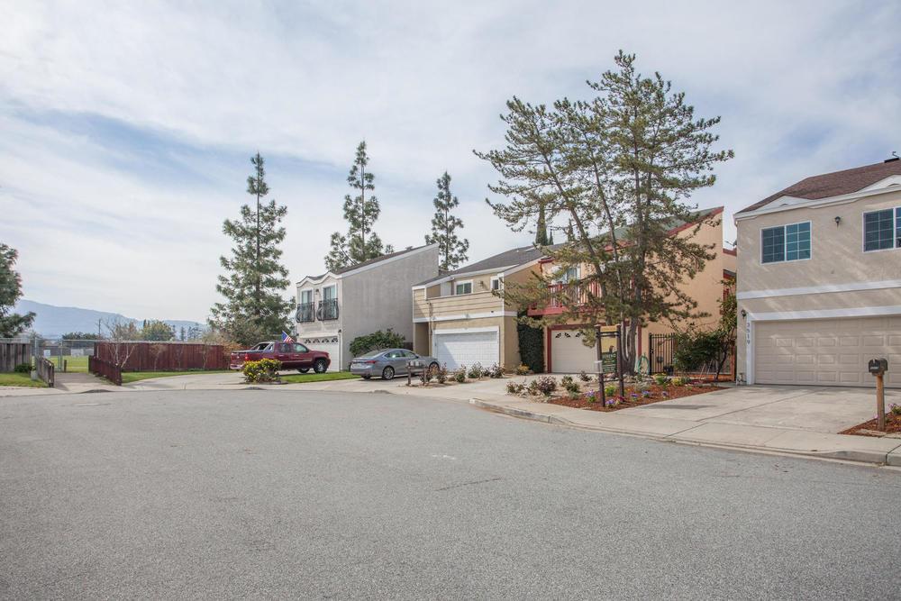3519 Calvelli Ct San Jose CA-large-018-13-Calvelli Court-1500x1000-72dpi.jpg
