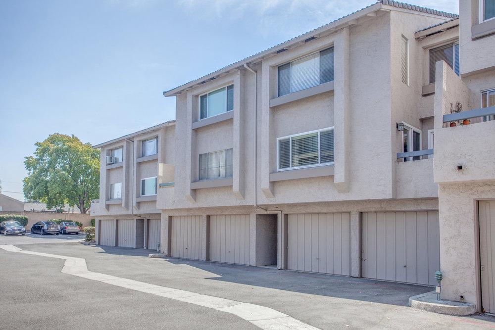 2289 Sun Glory Ln A San Jose-print-024-15-Garage Exterior-4200x2801-300dpi.jpg
