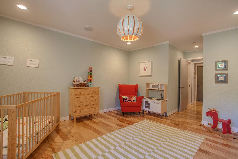 1106_la_terrace_circle_MLS_HID1123238_ROOMbedroom.jpg