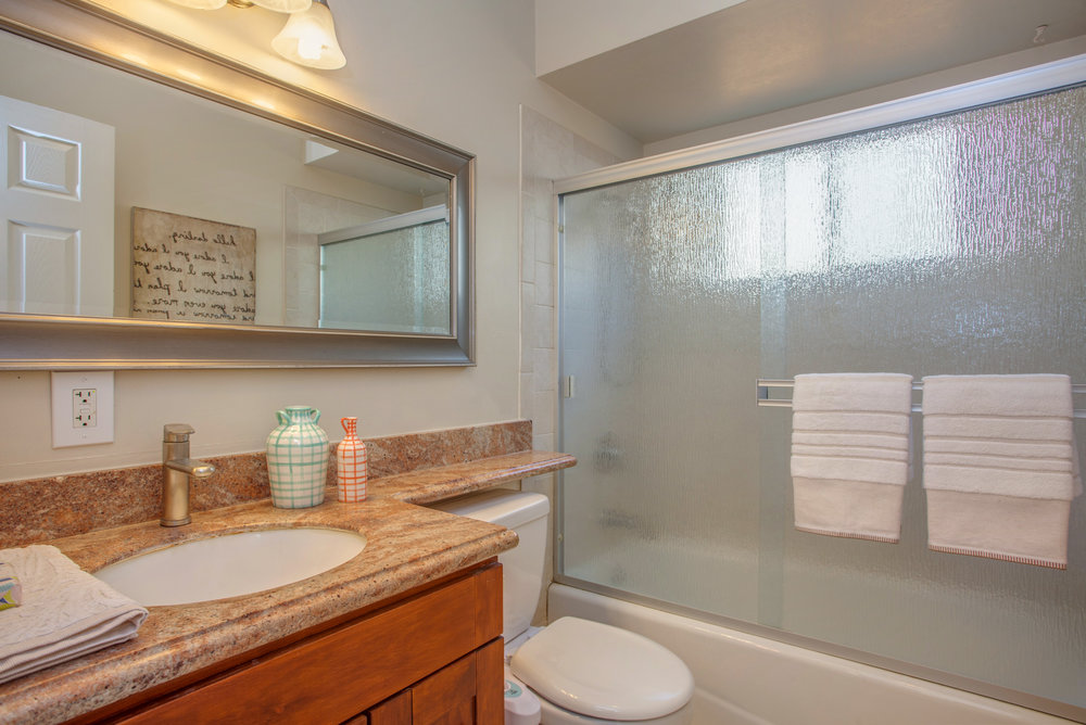 3417_kilo_avenue_MLS_HID1147577_ROOMfullbathroom.jpg