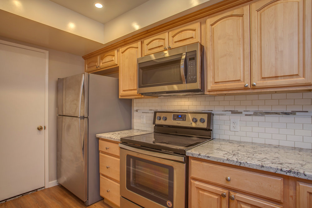 1154_illiad_court_MLS_HID1150583_ROOMkitchen1.jpg