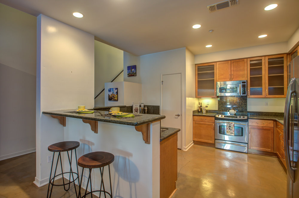 582_manzana_place_MLS_HID1169117_ROOMkitchen.jpg