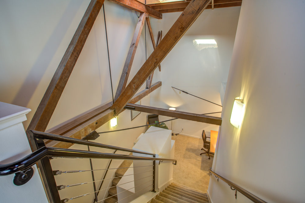 582_manzana_place_MLS_HID1169117_ROOMstairwell.jpg