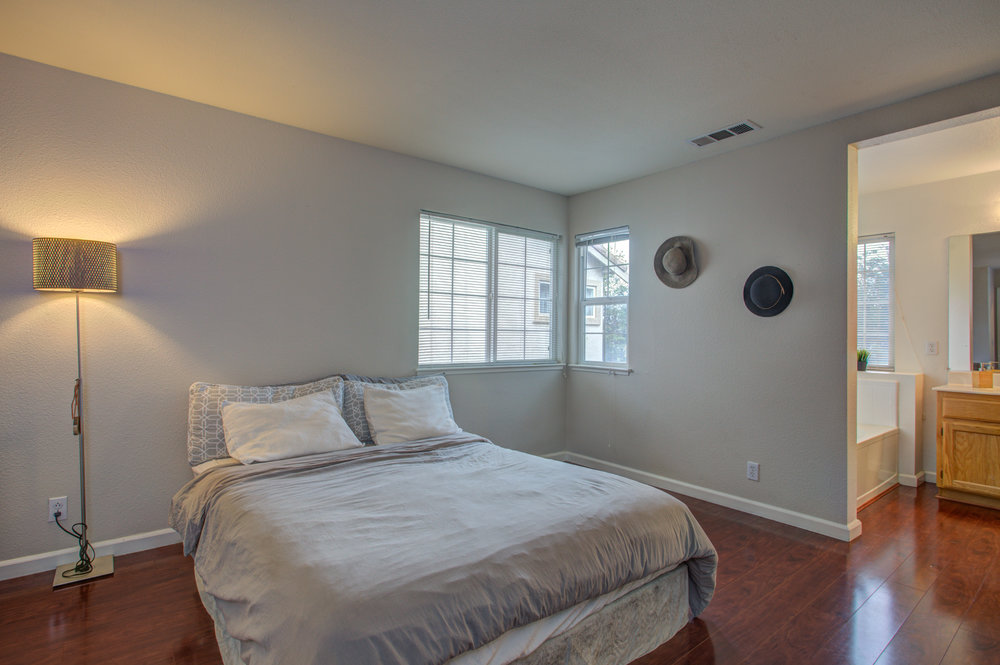 205_accolade_drive_MLS_HID1169359_ROOMmasterbedroom.jpg
