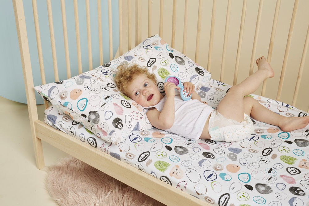 SECRET FRIENDS FITTED COT SHEET AND PILLOWCASE