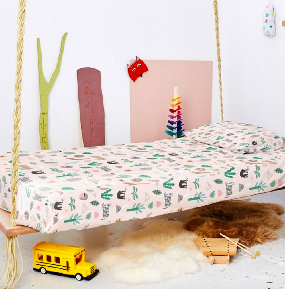 JUNGLE PARTY FITTED SHEET AND PILLOWCASE