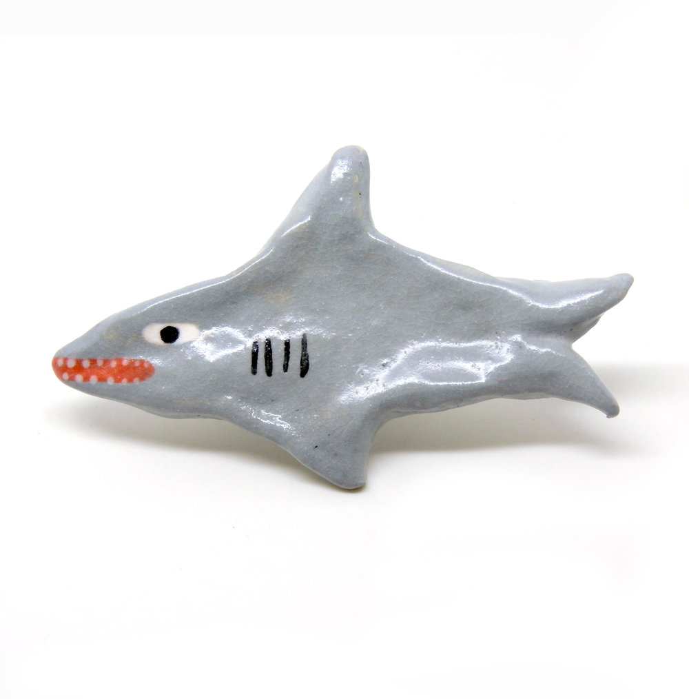 Brooch_Sharky_1.jpg