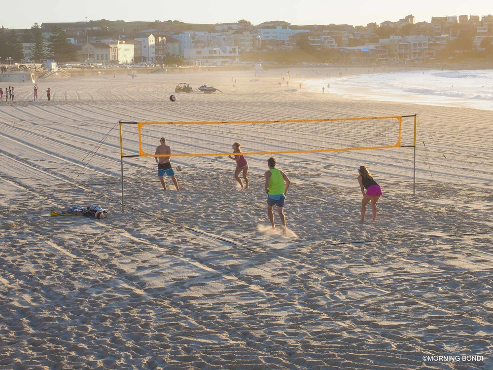 Quick beach volley game before work - isn't it paradise?!