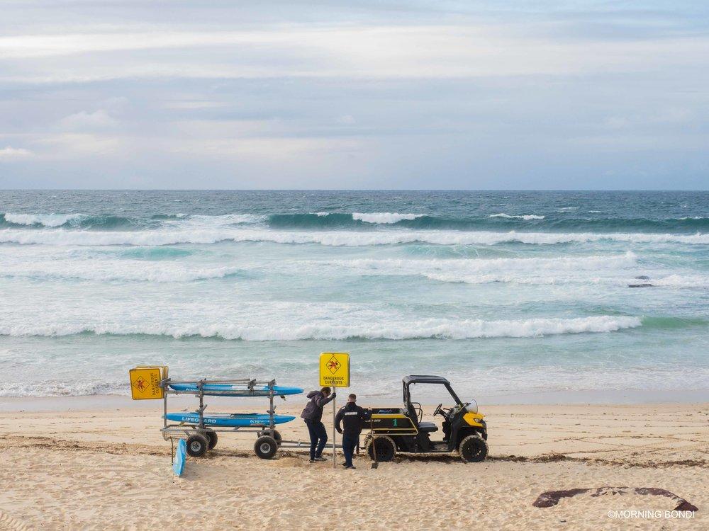 Harris Carroll & Jesse Polock setting up the beach