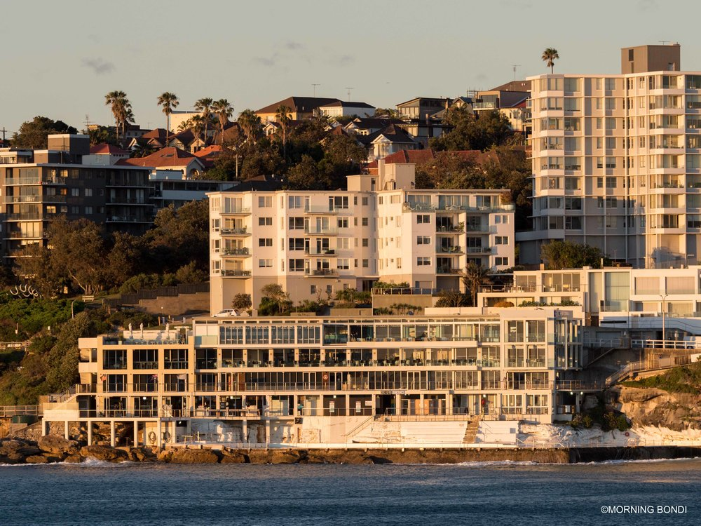 I shot this one all the way from North Bondi Grassy Knoll