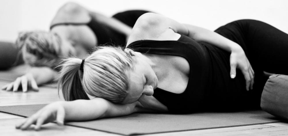 Jessica Dewar Yoga Pregnancy Yoga