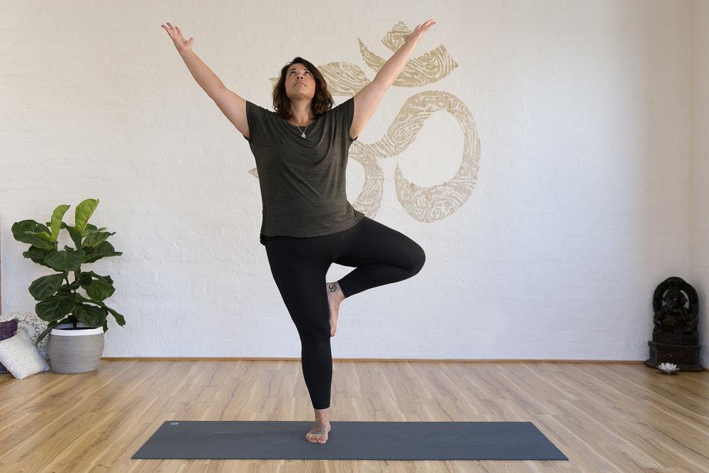 Monica Garner_Jessica Dewar Yoga (1).jpg
