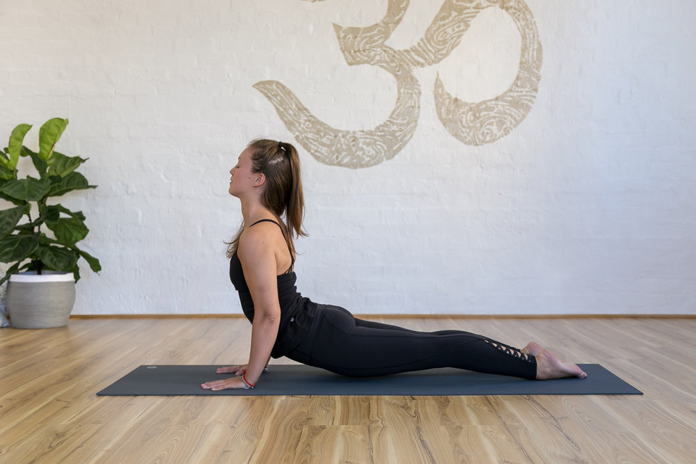 Poppy Cracknell_Jessica Dewar Yoga.jpg