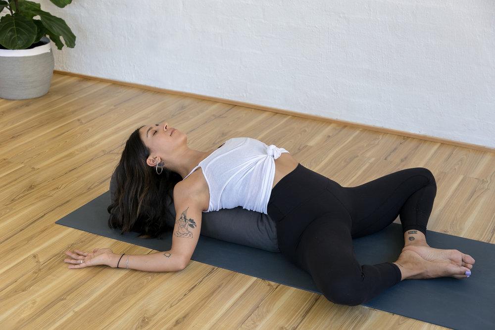 Elisa Rosenthal_Jessica Dewar Yoga (1).jpg