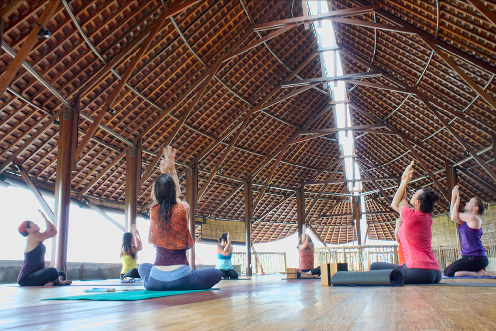 Bali-retreat-yoga-class.jpg