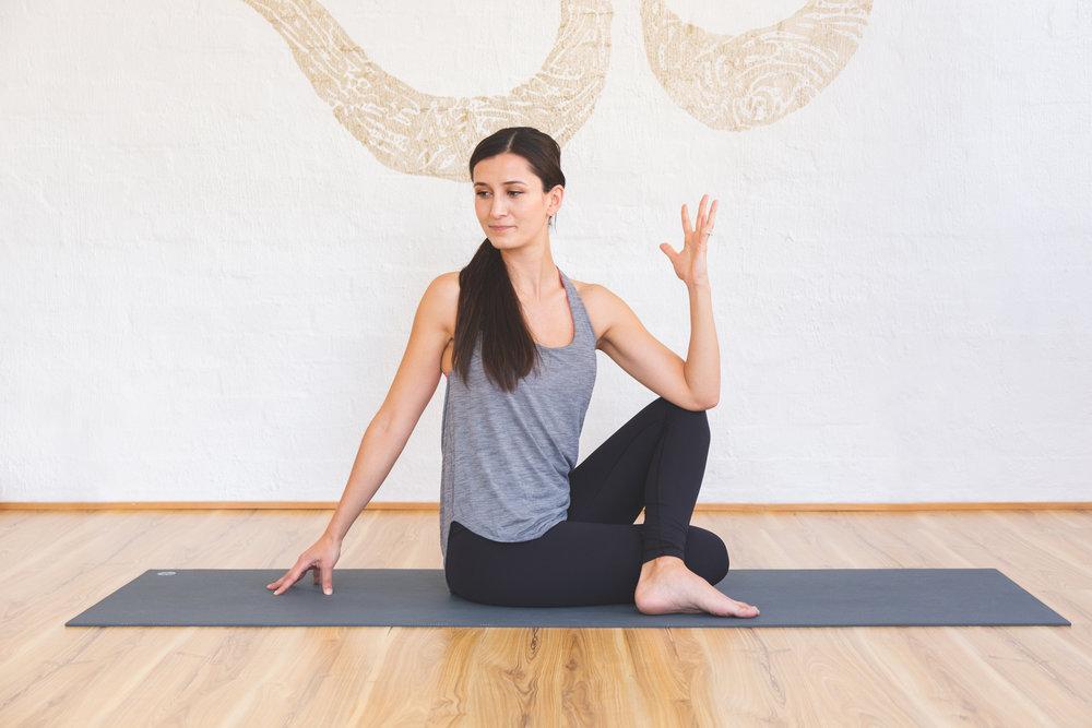 Ash Tumer_Jessica Dewar Yoga.jpg