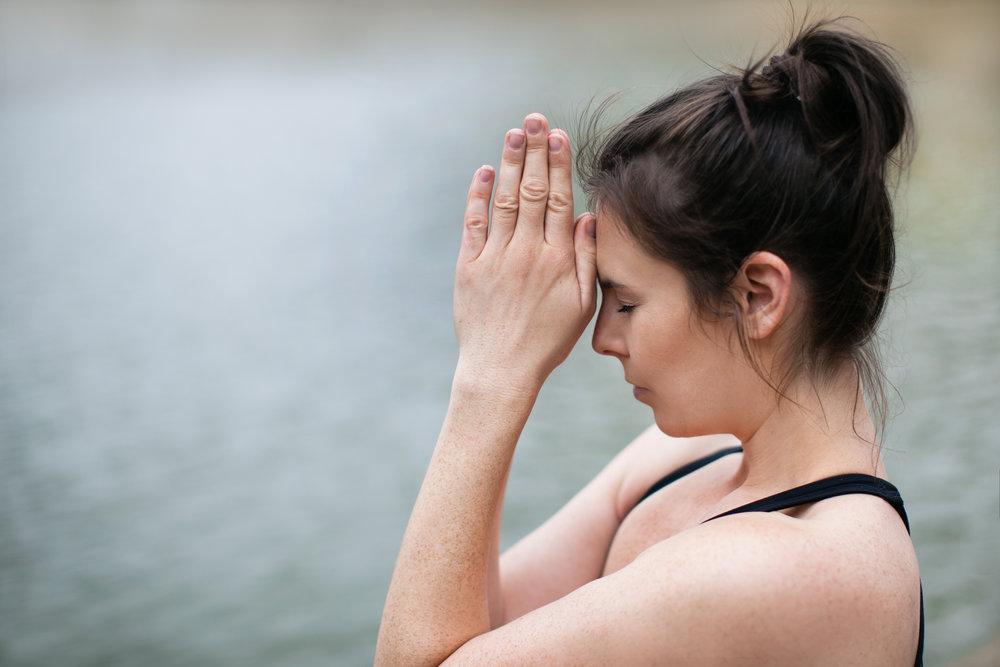Jessica Dewar Yoga_Om Meditation.jpg