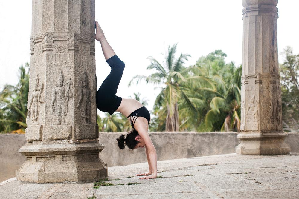 Jessica Dewar Yoga_Hollow Back Handstand_Mysore India.jpg