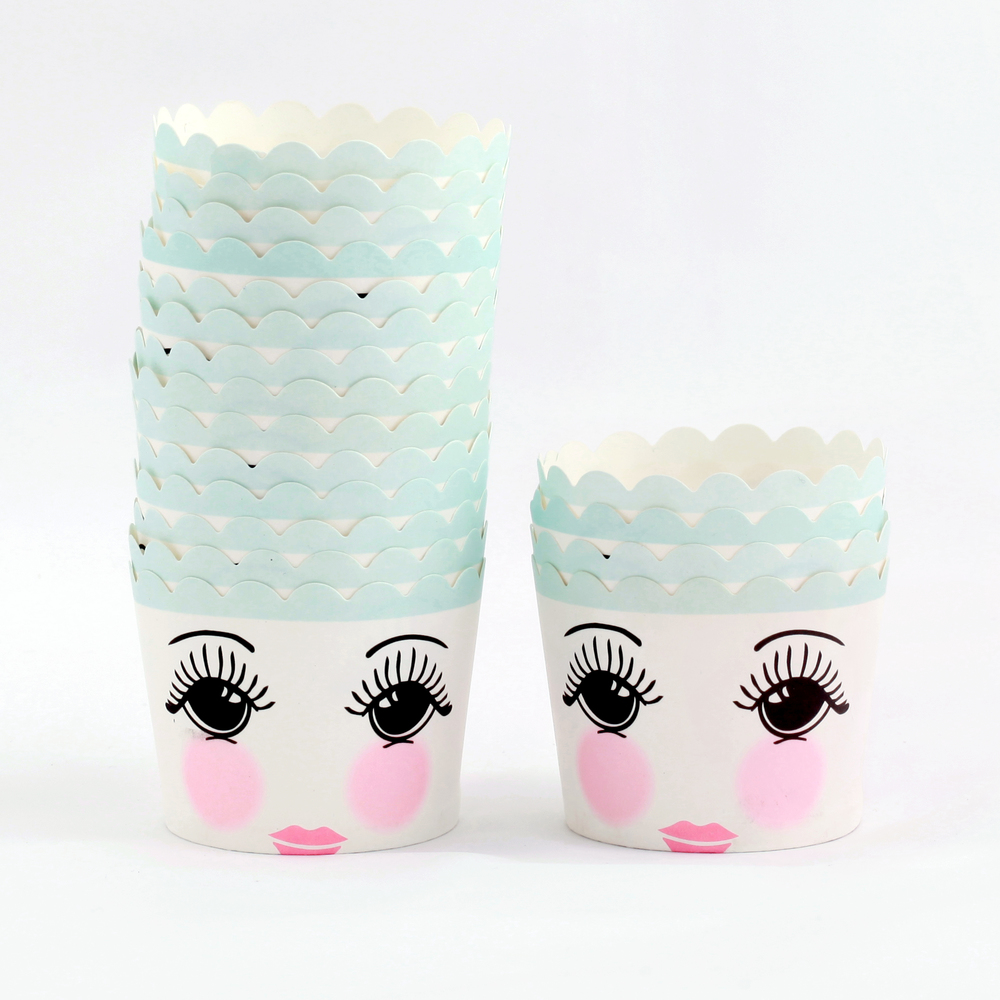 12 pretty face candy cups