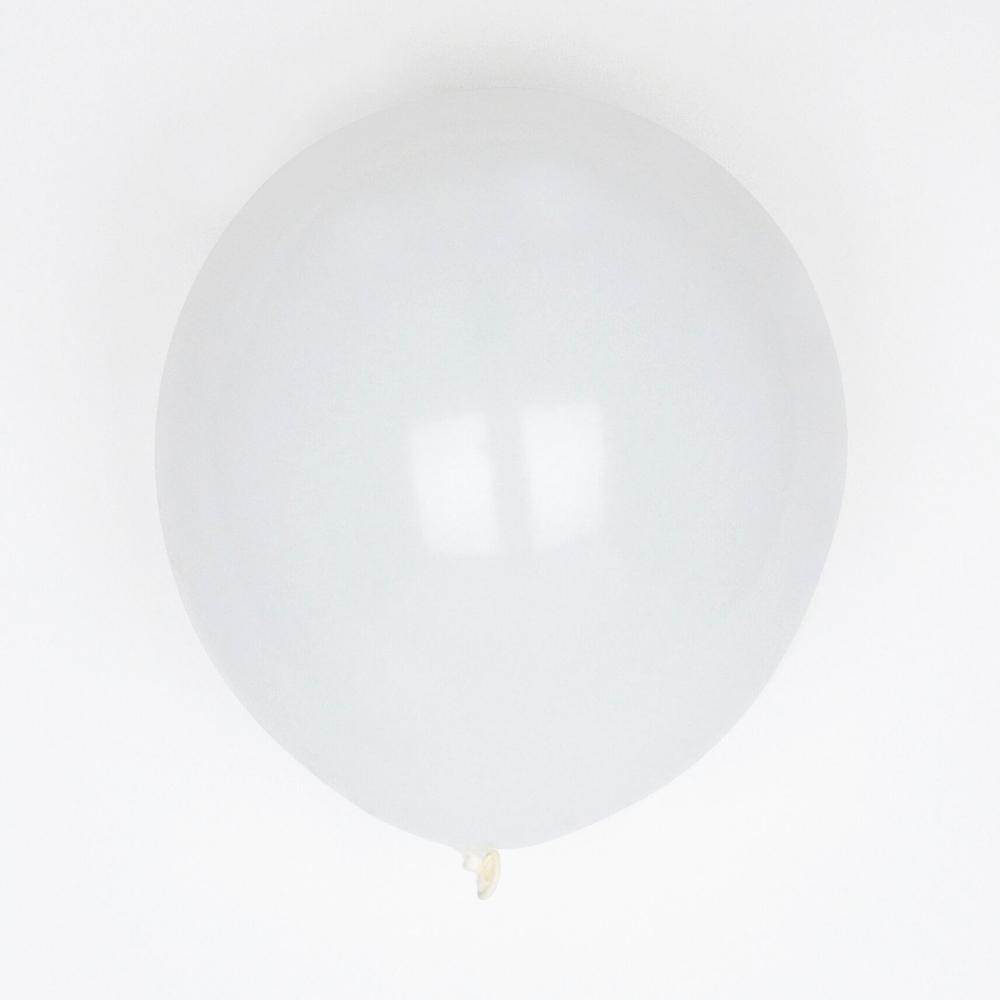 10 white balloons