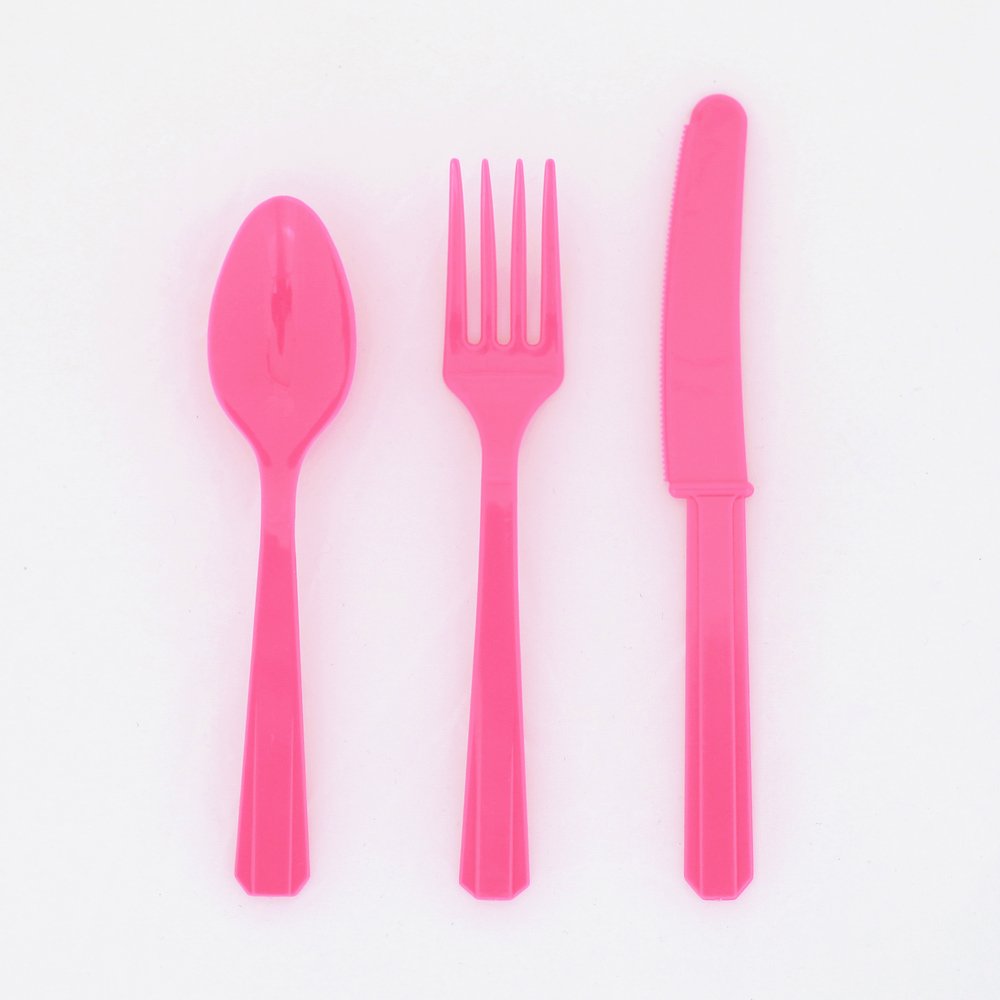 8 sets of pink cutlery