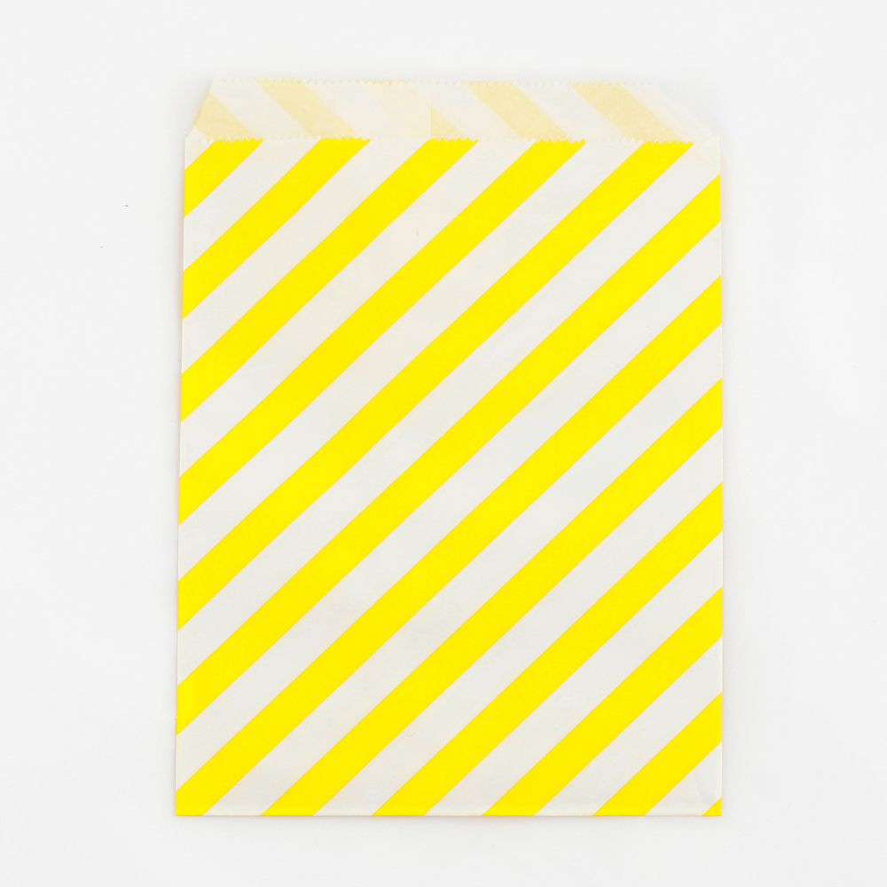 8 yellow striped party bags