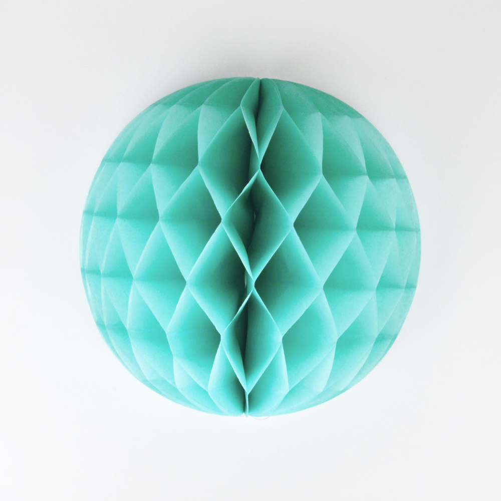 aqua honeycomb decoration