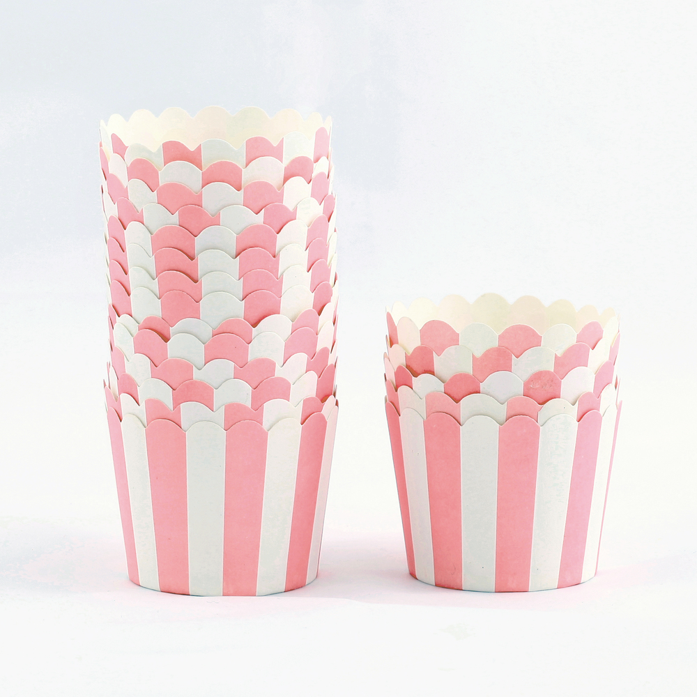 12 pink candy cups