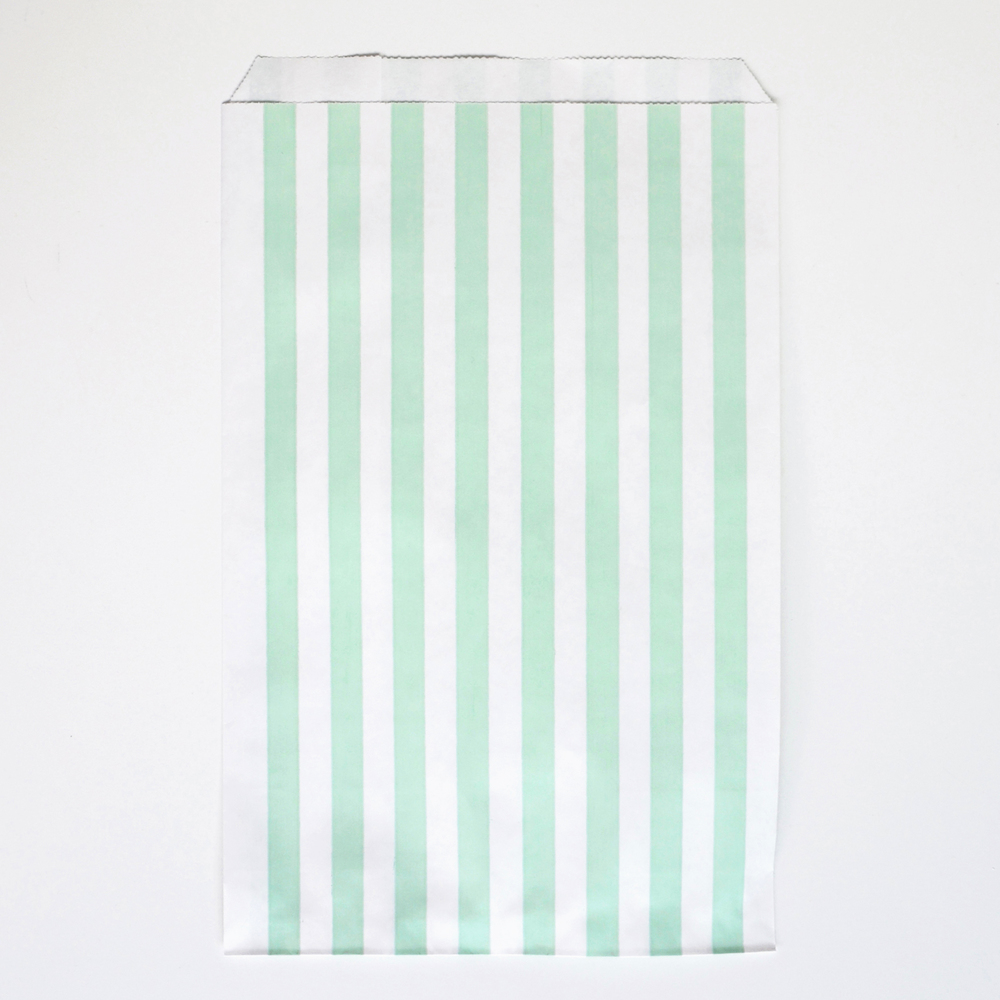 10 aqua striped party bags
