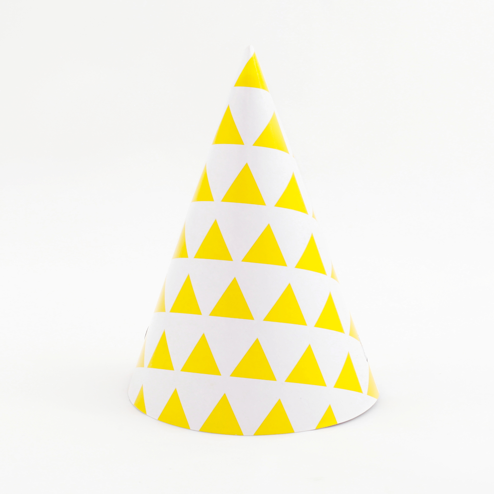 8 YELLOW TRIANGLE PARTY HATS