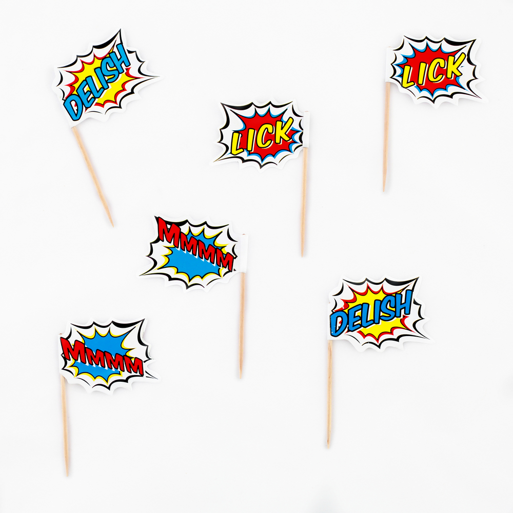 20 superhero cake toppers