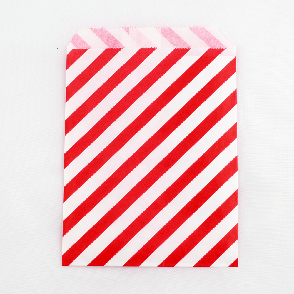 8 red striped party bags