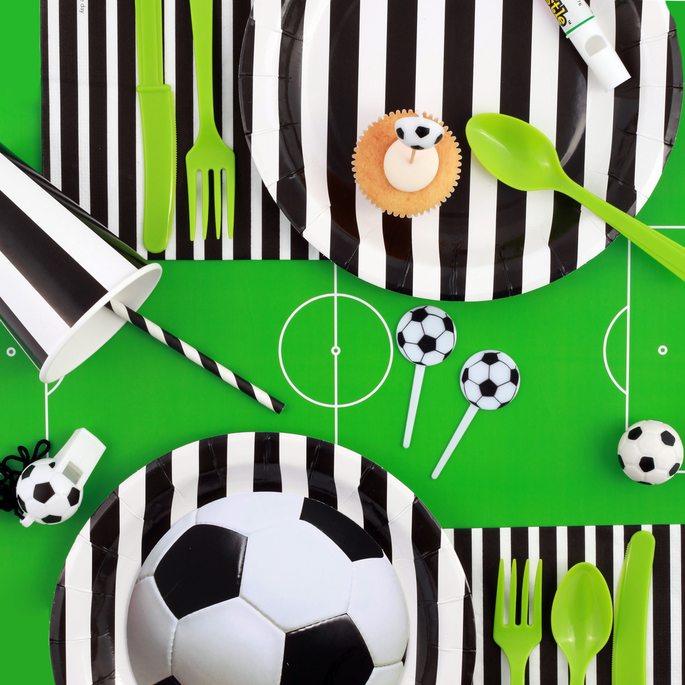FOOTBALL PARTY KIT