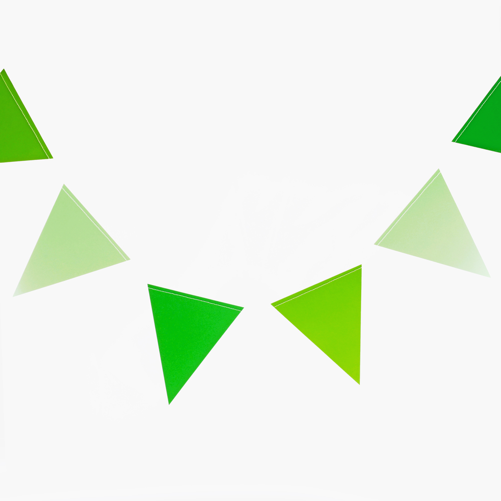 GREEN TRIANGLE BUNTING
