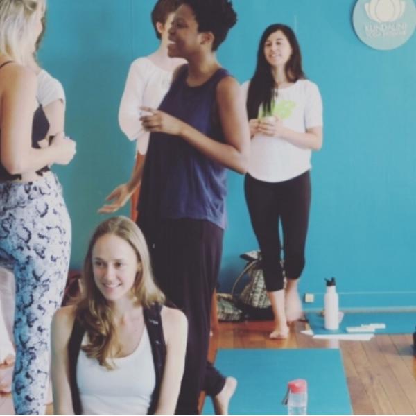 Kundalini-yoga-women-community