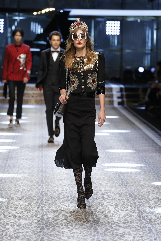 Dolce&Gabbana_women's fashion show fw17-18_Runway_images (9).jpg