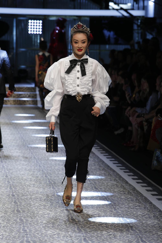 Dolce&Gabbana_women's fashion show fw17-18_Runway_images (89).jpg